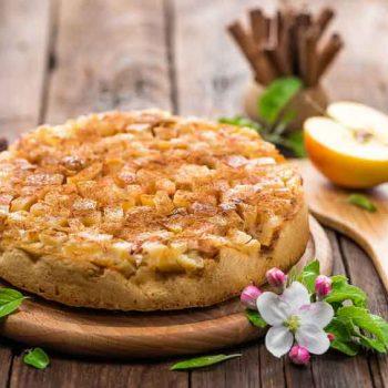 apfelmuskuchen 1 350x350 - Saftiger Apfelkuchen mit Apfelmus und Apfelstückchen