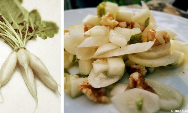 Eiszapfensalat mit Birne und Walnüssen