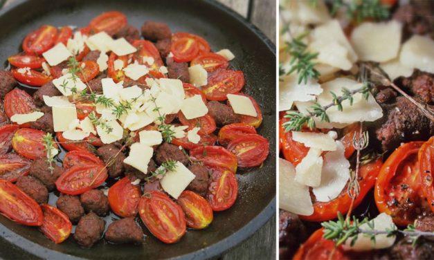 Gebackene Tomaten mit Merguez Bällchen