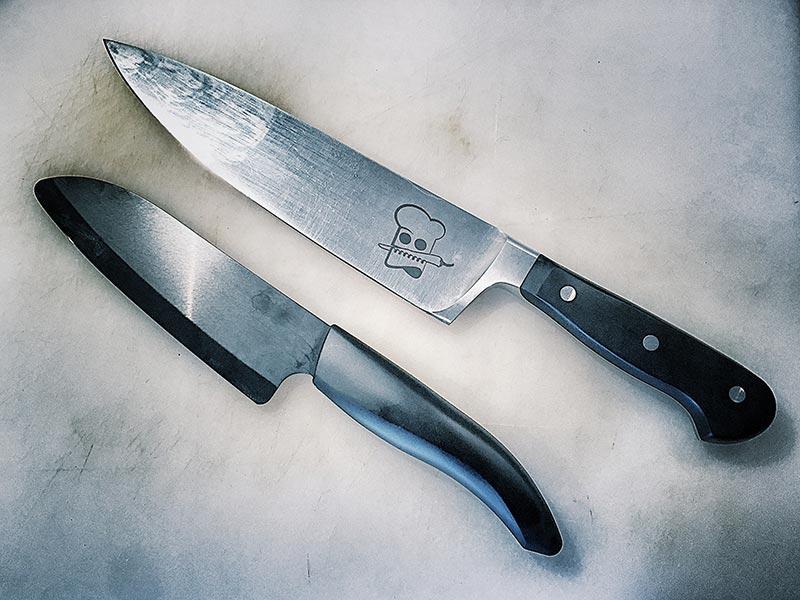 messervergleich - Küchenmesser: Stahl, Damast oder Keramik?