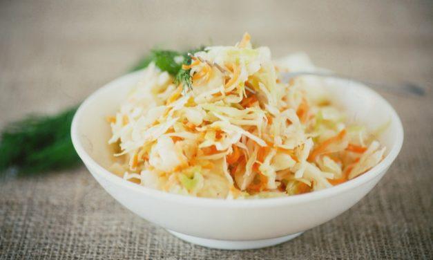 Coleslaw (amerikanischer Krautsalat)