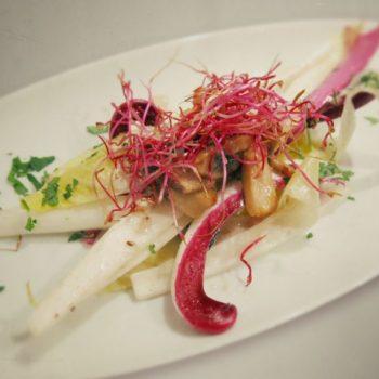Chicorée Salat mit Steinpilz Vinaigrette