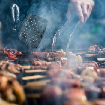 rinderspiesse01 350x350 - Saftige Hühnerspieße mit Ananas vom Grill