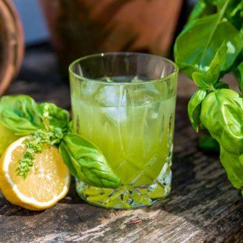 Gin Basil Smash – moderner Gin Klassiker mit Pfeffernote