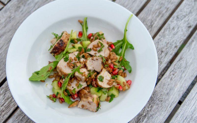 gersten salat huhn 802x501 - Dinkel Salat mit Huhn