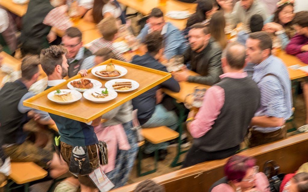 burgis wiesn 2 - Oktoberfest - Hinter den Kulissen mit Burgis