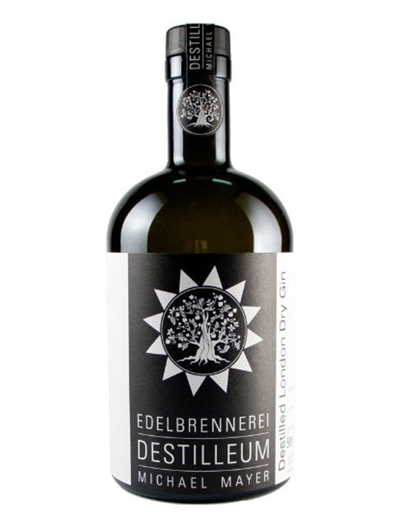 "gin bayern 0017 Destilleum 1 1 - DESTILLEUM Michael Mayer London Dry Gin ""Juniper"" Barrel"