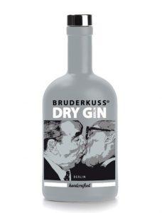 bruderkuss gin 228x300 - BRUDERKUSS Dry Gin