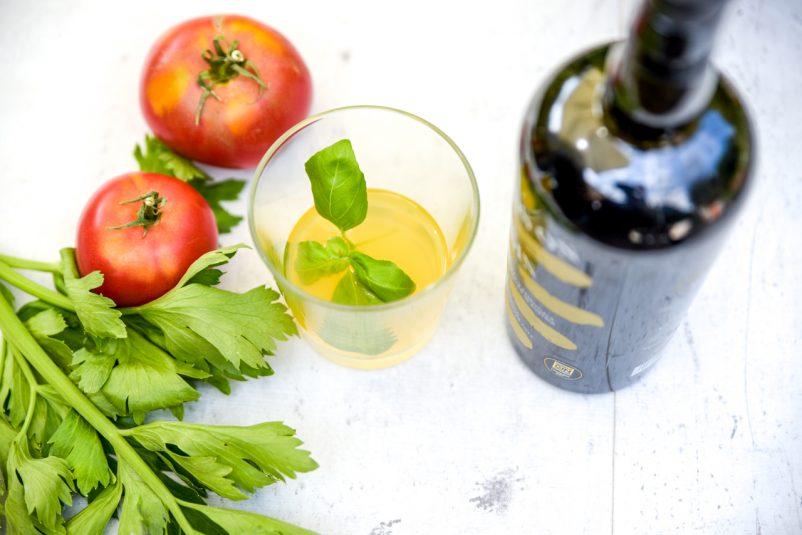 klare tomaten gazpacho 6 802x535 - Klare Gazpacho mit Gin