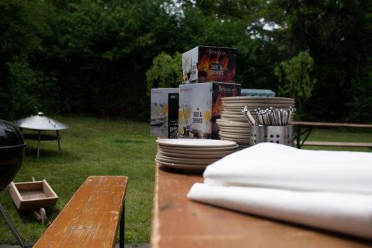 190525 Gartenparty 0014 533x356 - Wie man entspannt eine Grillparty organisiert