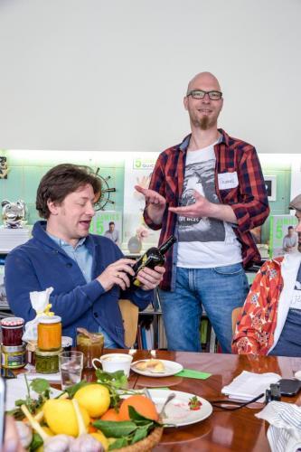 Jamie Oliver liebt Gin. Ich hab ihm einen meiner Lieblingsgins mitgebracht